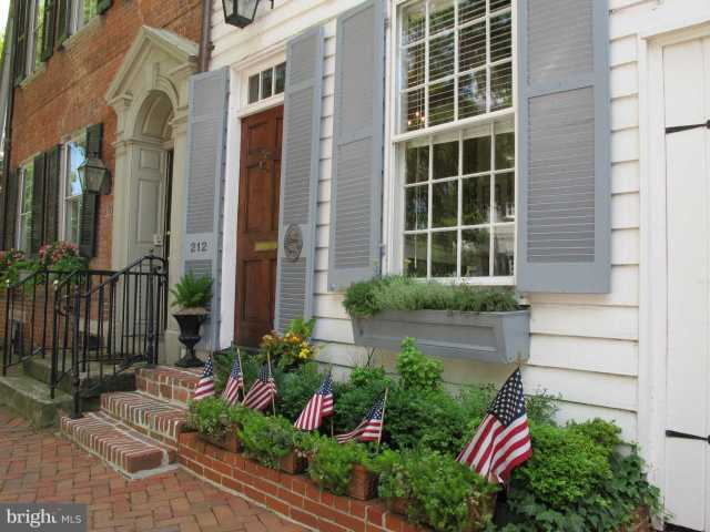 $1,695,000 - 3Br/3Ba -  for Sale in Old Town Se Quadrant, Alexandria