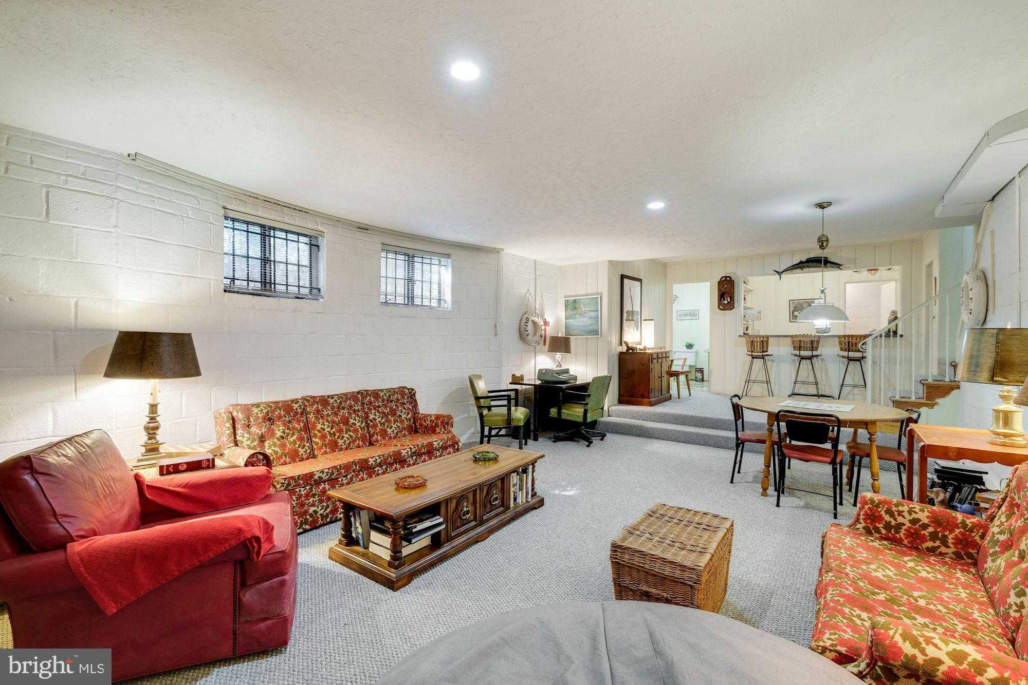 $1,750,000 - 4Br/5Ba -  for Sale in Somerset, Chevy Chase