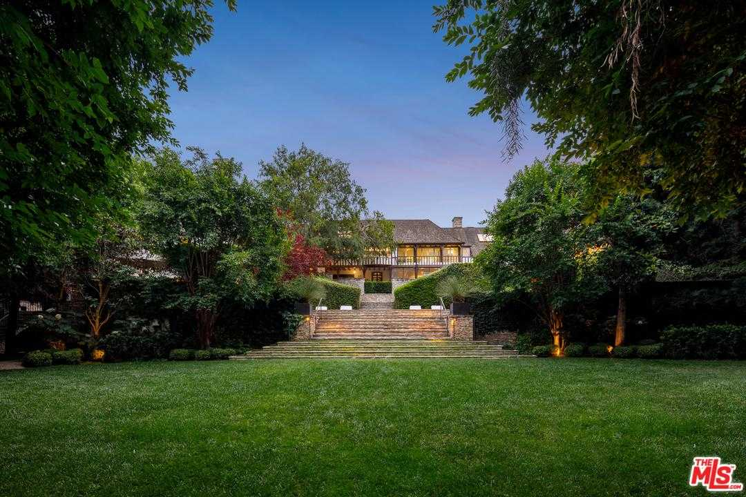 $49,000,000 - 5Br/13Ba -  for Sale in Beverly Hills