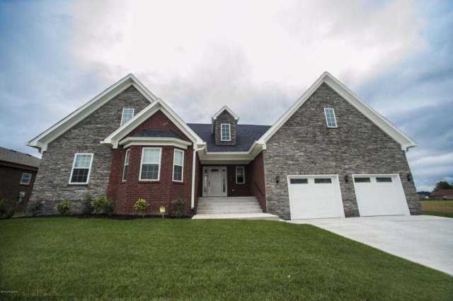 $364,900 - 4Br/3Ba -  for Sale in Tanyard Springs, Louisville