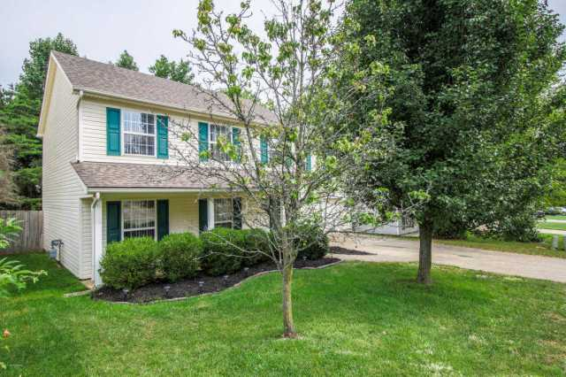 $187,000 - 3Br/3Ba -  for Sale in Apple Valley, Louisville