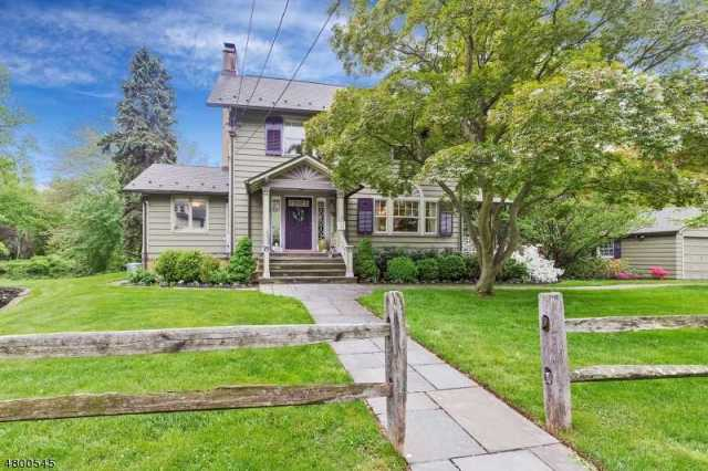 $719,000 - 4Br/3Ba -  for Sale in Cranford Twp.