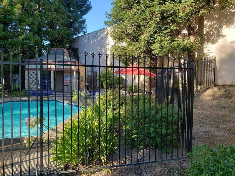 $279,000 - 2Br/2Ba -  for Sale in Roseville