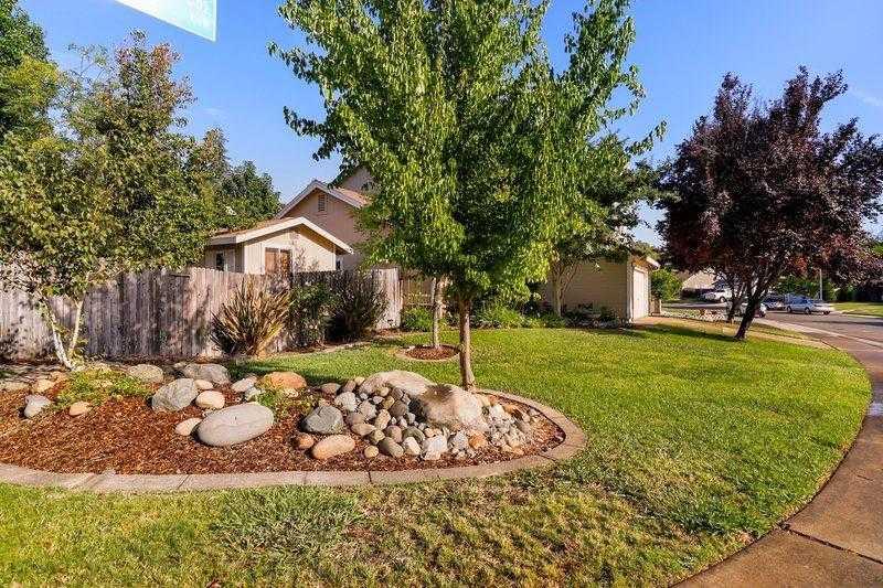 $416,000 - 4Br/3Ba -  for Sale in Verner Glen, Citrus Heights