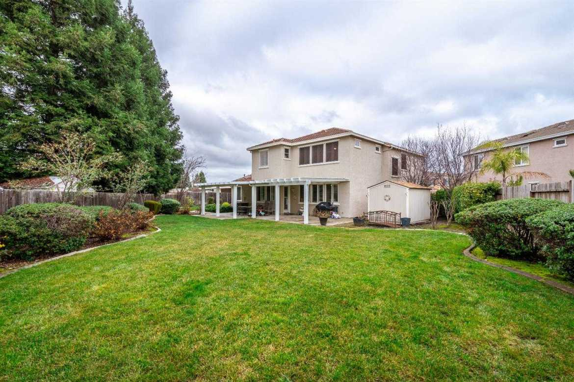 $744,000 - 5Br/3Ba -  for Sale in Roseville