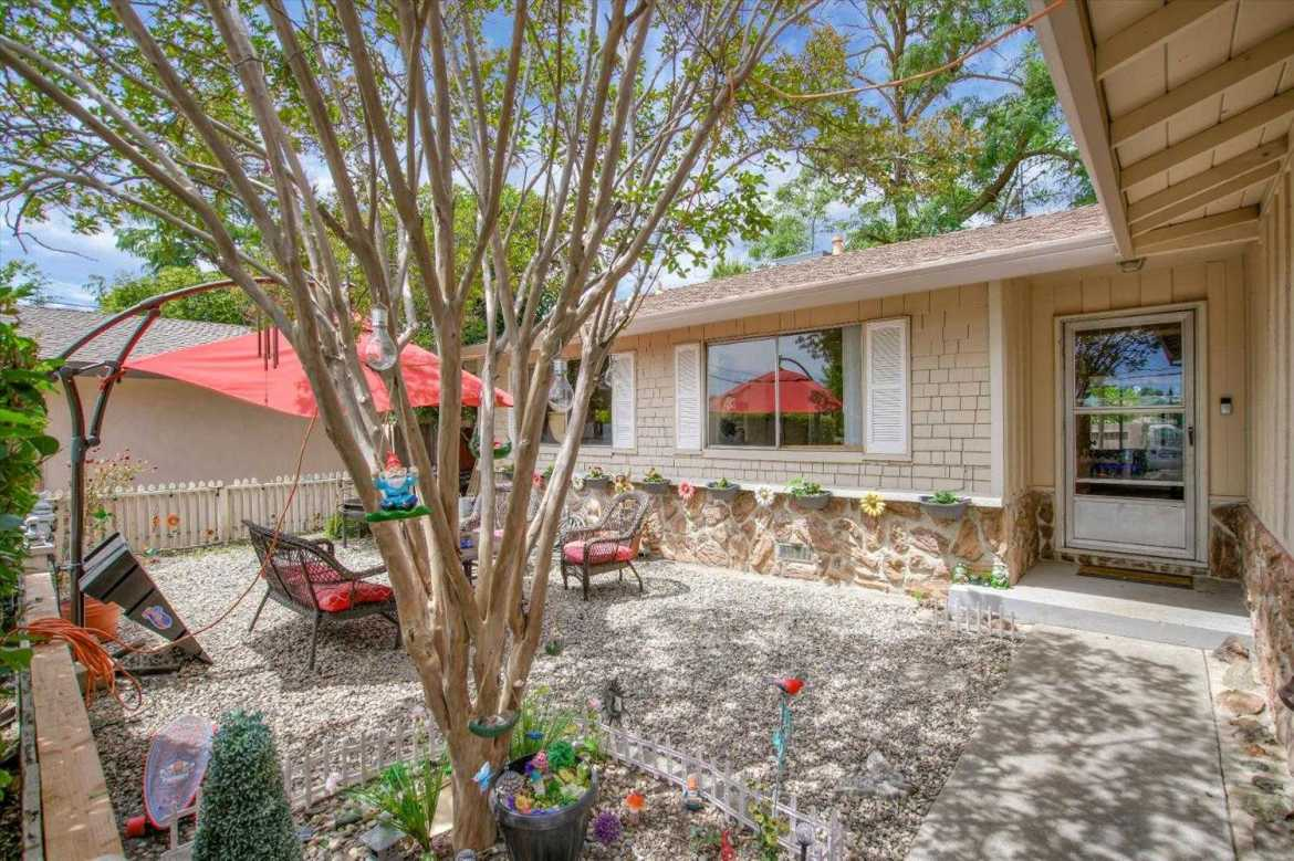$324,900 - 3Br/2Ba -  for Sale in Carmichael