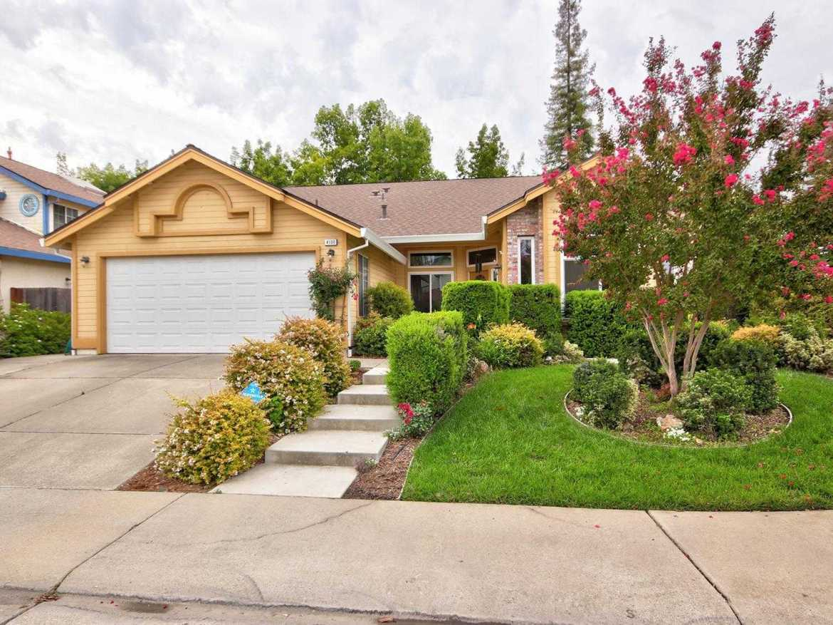 $389,000 - 4Br/2Ba -  for Sale in Larchmont Antelope, Antelope