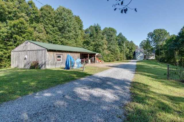 $549,000 - 4Br/3Ba -  for Sale in None, Goodlettsville