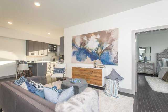 $410,000 - 2Br/2Ba -  for Sale in Eighth South, Nashville