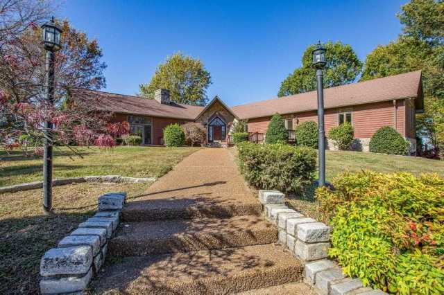 $750,000 - 4Br/5Ba -  for Sale in None, Spring Hill