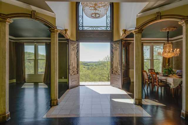 $2,000,000 - 5Br/5Ba -  for Sale in None, Franklin