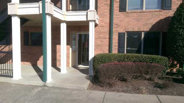 $349,500 - 3Br/3Ba -  for Sale in Lakeshore Pointe, Old Hickory