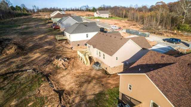 $40,000 - Br/Ba -  for Sale in Springfield
