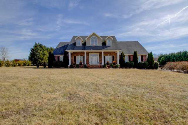 $399,900 - 4Br/3Ba -  for Sale in None, Pleasant View