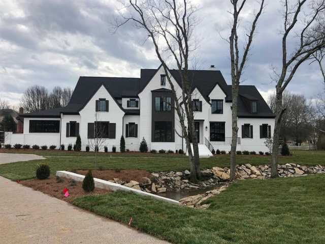 $1,890,000 - 5Br/7Ba -  for Sale in Valley View, Brentwood