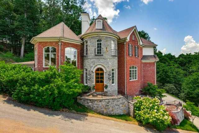 $2,700,000 - 7Br/8Ba -  for Sale in Heathrow Hills, Brentwood