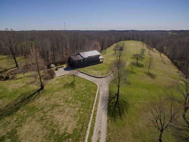 $725,000 - 4Br/4Ba -  for Sale in Na, Greenbrier