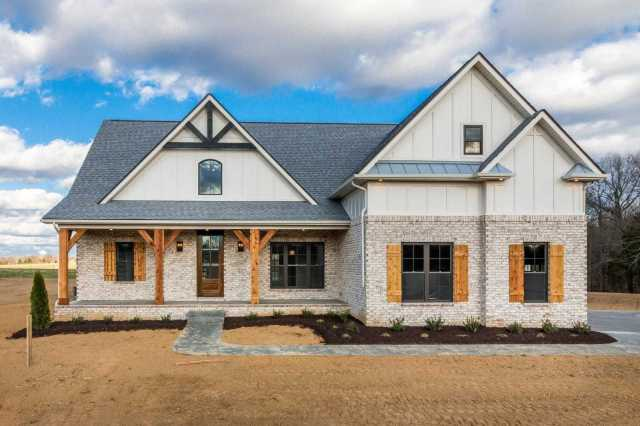 $454,900 - 4Br/3Ba -  for Sale in None, Clarksville