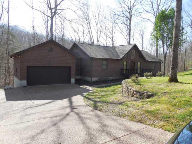$389,000 - 3Br/3Ba -  for Sale in Ranchettes, Kingston Springs