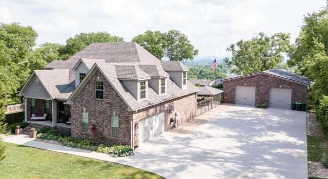 $689,900 - 4Br/3Ba -  for Sale in House Pool & 2.66 Acres, Antioch