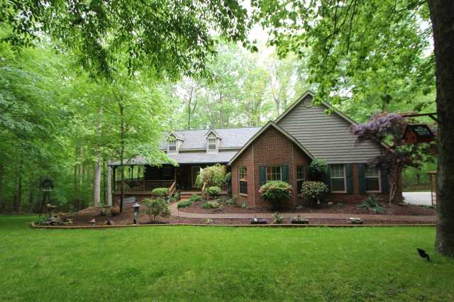 $467,000 - 4Br/4Ba -  for Sale in Interstate West Ranchettes, Kingston Springs