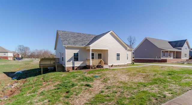 $259,900 - 3Br/2Ba -  for Sale in Maple Hills Sec 2, Ashland City