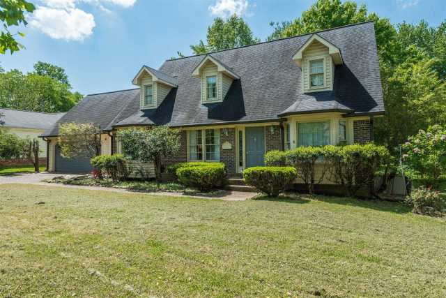 $309,900 - 3Br/4Ba -  for Sale in Riverview Park Sec 10-b, Franklin