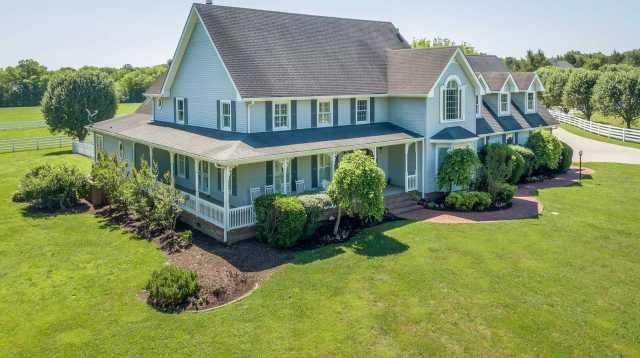 $1,275,000 - 4Br/5Ba -  for Sale in Na, Lebanon