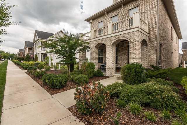 $409,000 - 4Br/3Ba -  for Sale in Ashcrest, Hendersonville