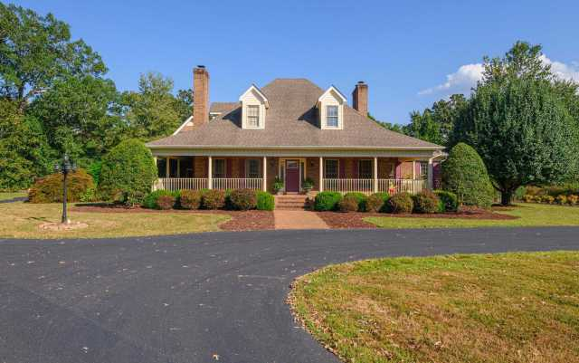 $749,900 - 6Br/7Ba -  for Sale in N/a, Tullahoma