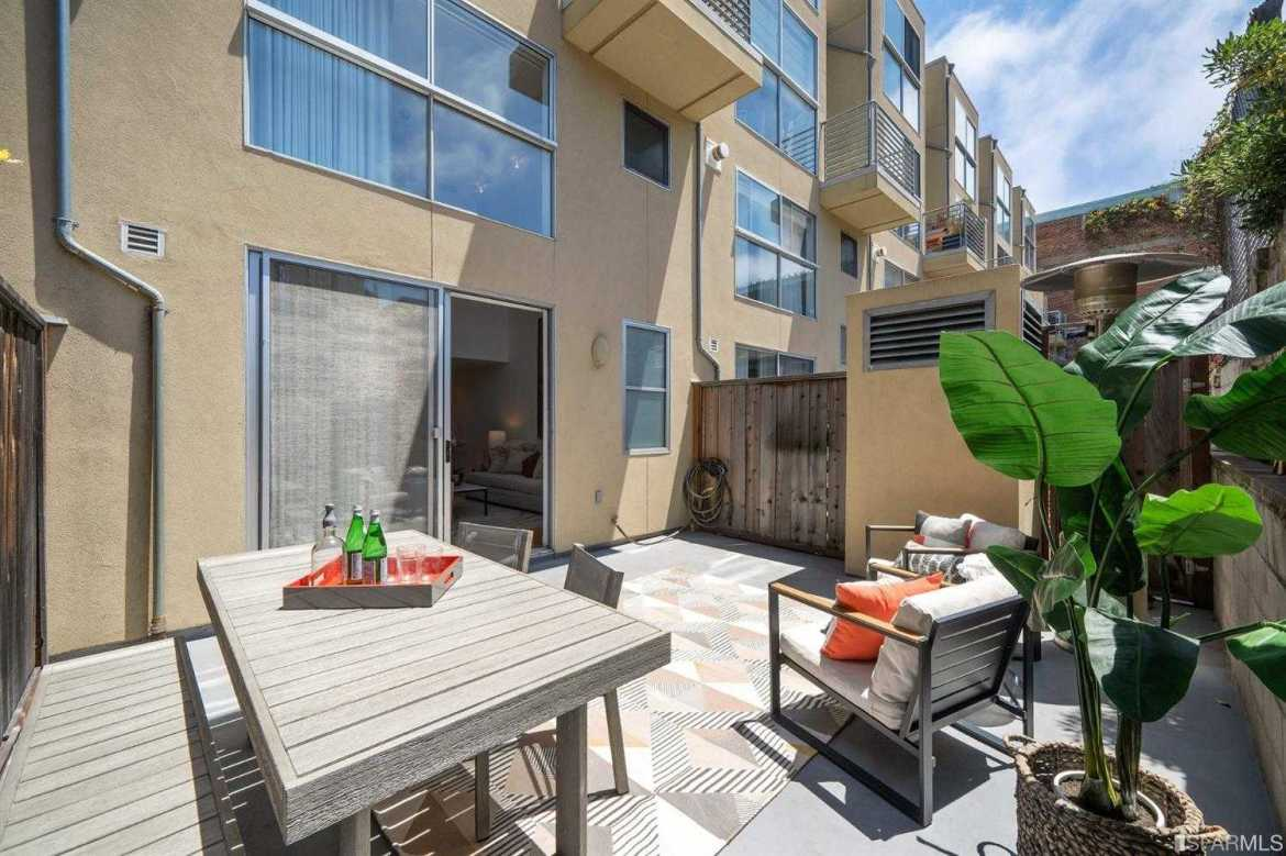 $1,290,000 - 1Br/2Ba -  for Sale in San Francisco