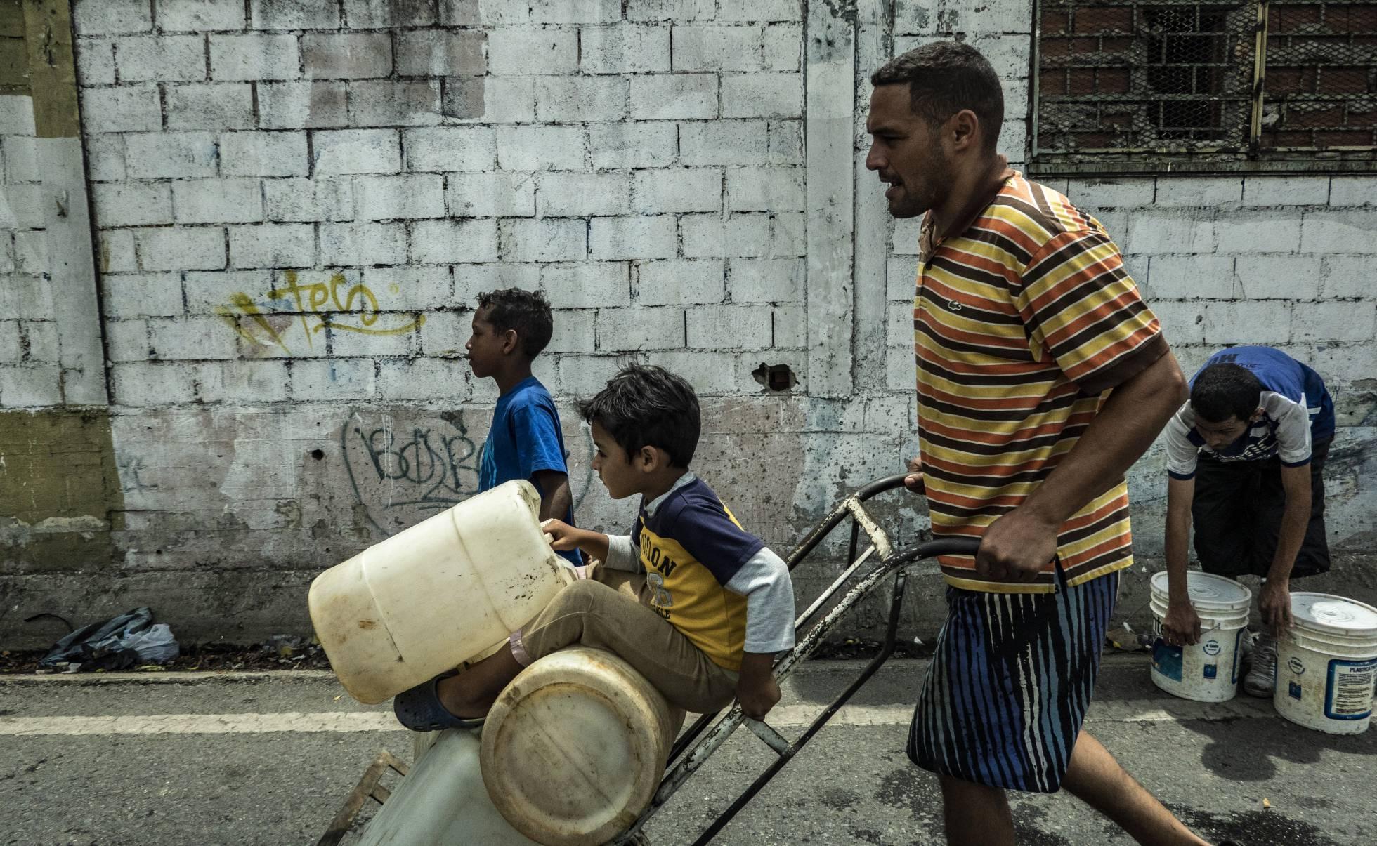 Maduro insiste en que la crisis eléctrica se debe a un sabotaje y asegura que se hará justicia