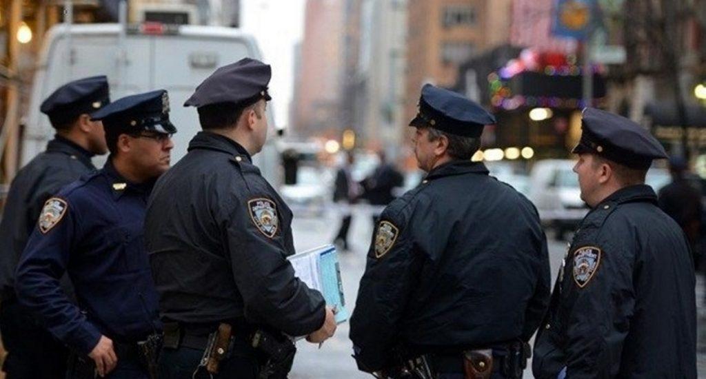 Cientos de policías NYC a las calles para combatir violencia este verano