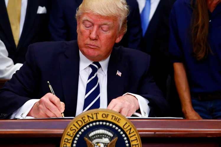Trump ordena aumento de sanciones de EE.UU. contra Irán