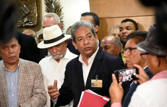 Inscriben candidatura presidencial en la JCE de Leonel Fernández