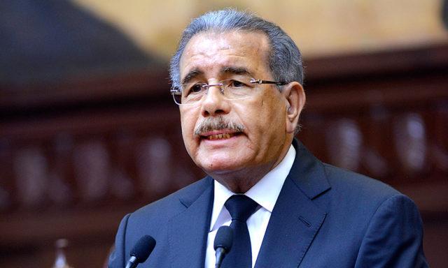 Presidente Medina convoca legislatura extraordinaria por 30 días para conocer proyectos de leyes pendientes
