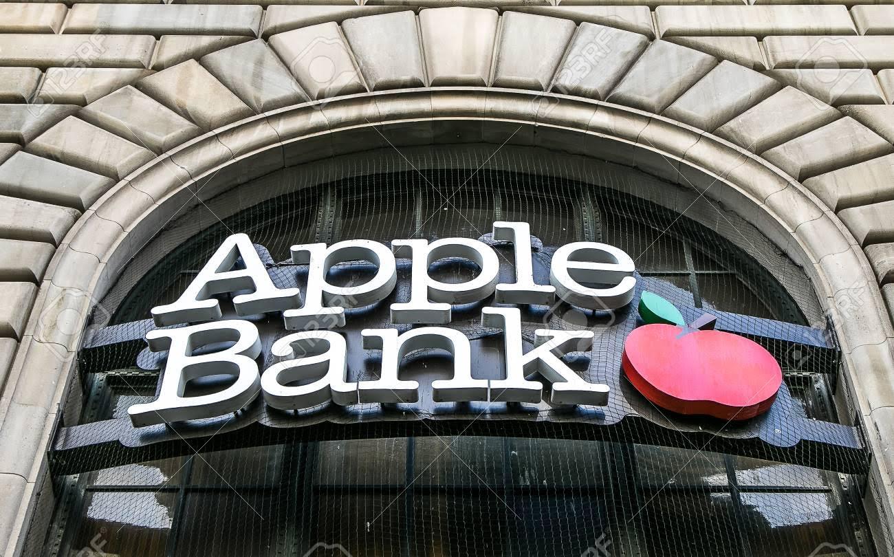 En semanas roba tres bancos en El Bronx y se lleva solo 585 dólares