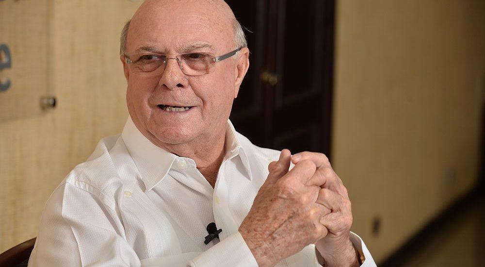 Hipólito Mejía propone a monseñor Núñez Collado mediar ante crisis electoral