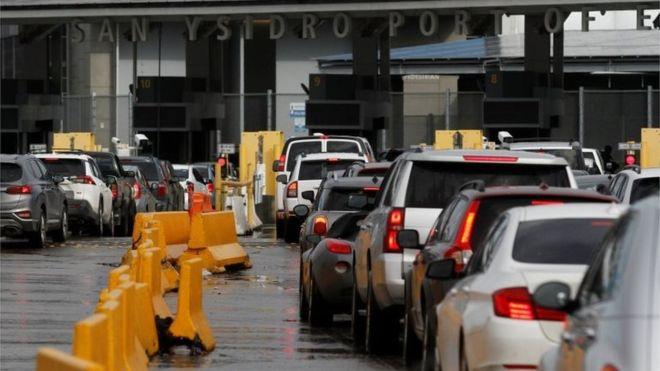 """Coronavirus   México y Estados Unidos anuncian el cierre de la frontera terrestre a viajes """"no esenciales"""" como el turismo"""