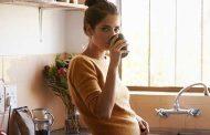 Vivir solo y con poco contacto social aumenta en un 50 % el riesgo de morir
