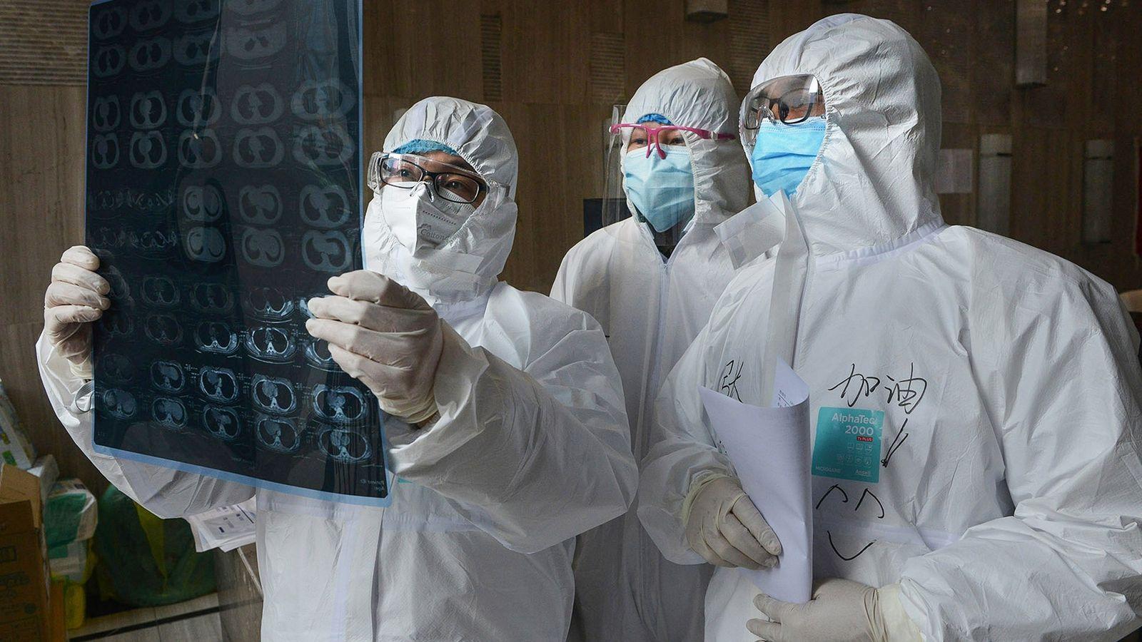 Al menos 3 millones de trabajadores de la salud en el mundo han tenido COVID-19, según un estudio
