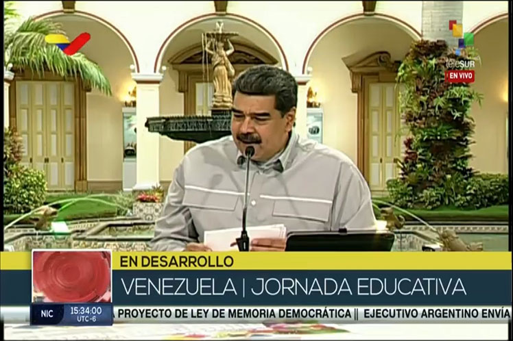 Presidente de Venezuela desestima suspender comicios por pandemia
