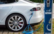 Coches eléctricos en emergentes acabarán con era del petróleo, según informe