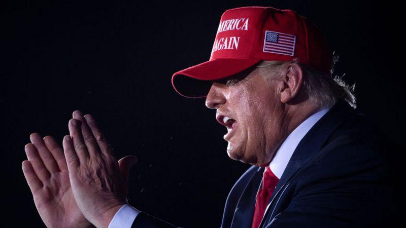 """La """"arriesgada jugada política"""" de Trump para voltear los resultados de las elecciones (y qué posibilidades tiene de conseguirlo)"""