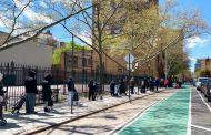 Autoridades de NY ponen a vecindarios más pobres en la lista de prioridades para nuevas vacunas contra COVID-19