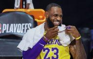 LeBron James amplía su contrato con los Lakers por dos años y 85 millones