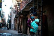 Seis acusados de traer a cientos de extranjeras a dar a luz en Nueva York para lograr ciudadanía: estafa millonaria a Medicaid