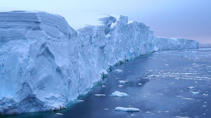 """Cambio climático: la carrera contra el tiempo para que no quedemos """"ciegos"""" ante el descongelamiento de los polos"""