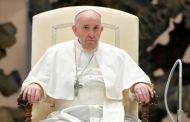 El papa Francisco fustiga los emisores de noticias falsas y a los periodistas que no salen a buscar la verdad