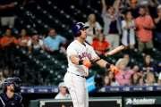 Michael Brantley pacta por 2 años con Astros